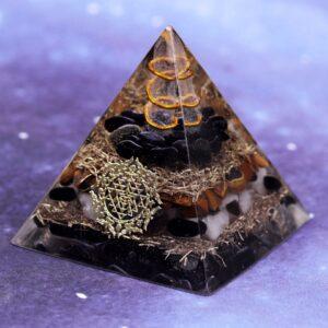 Pyramide Orgonite Force Spirituelle