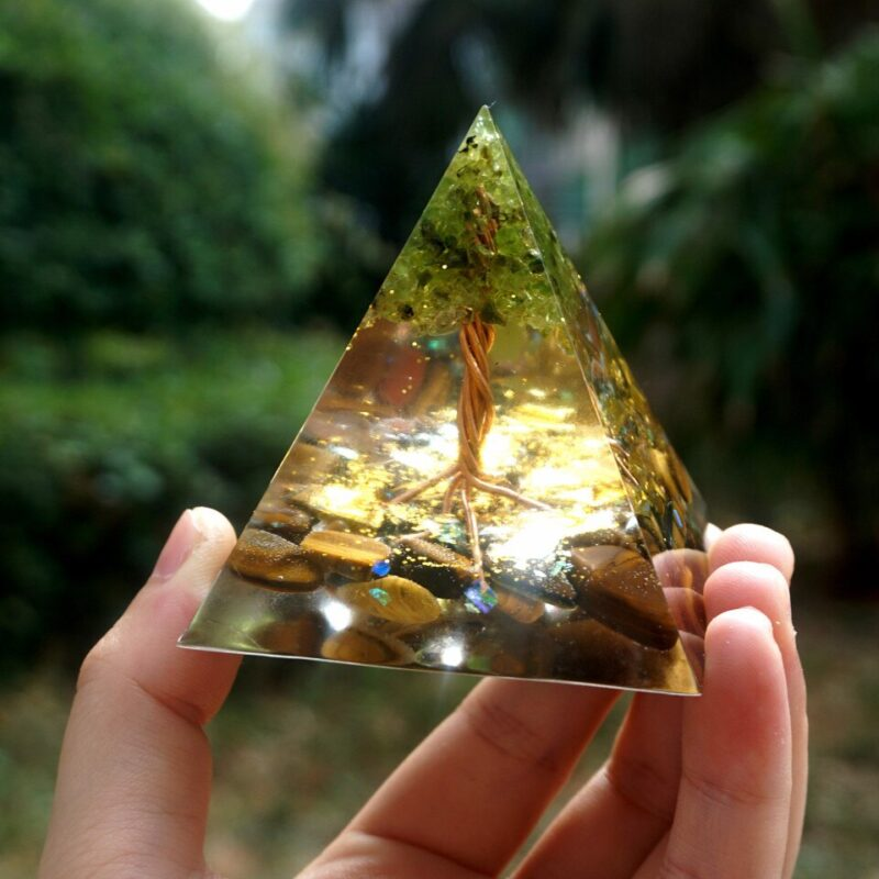 Pyramide Orgonite Arbre De Vie