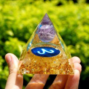 Pyramide Orgonite Bélier